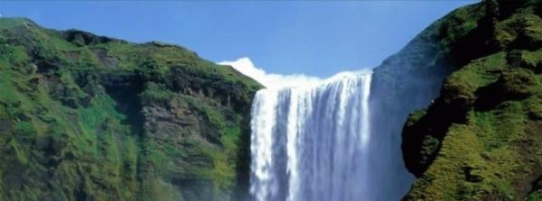'Zampilli come acqua la giustizia, e la rettitudine come fonte perenne.'( Amos 5, 24 )